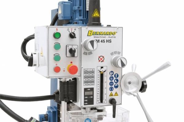 Bohr- und Fräsmaschinen FM 45 HS